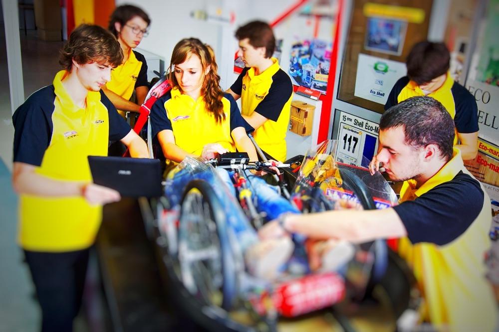 Pierre Genet (à gauche) lorsqu'il était dans l'équipe Team EcoDrive